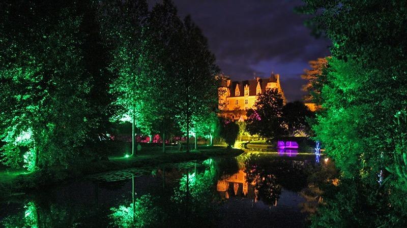 La Bihourderie evening show montrésor village nuits solaires