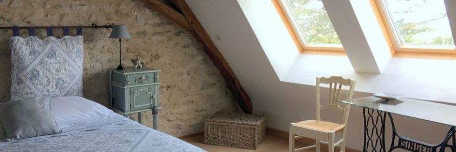 La Bihourderie Tournesols desk bed stone walls