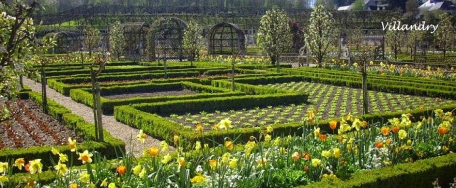 La Bihourderie château and vegetable garden of Villandry castle
