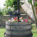 La Bihourderie winepress and flowers